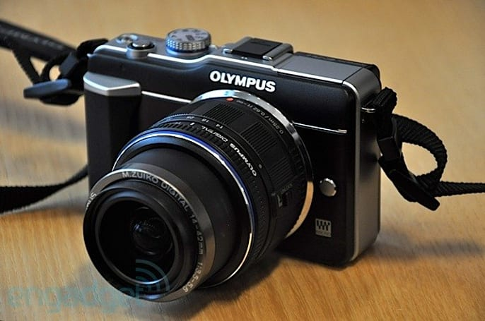 Olympus not looking to replace the everyman DSLR E-620, thinks PEN system fits the bill