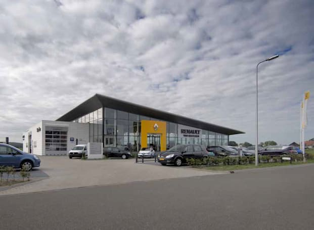 Renault recalls 15,000 vehicles following emissions raids