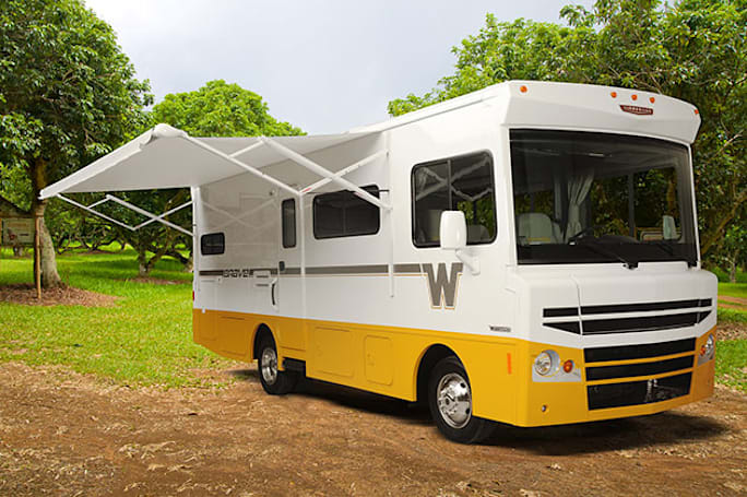 The 2015 Winnebago Brave's retro flair makes for one stylish roadtripper