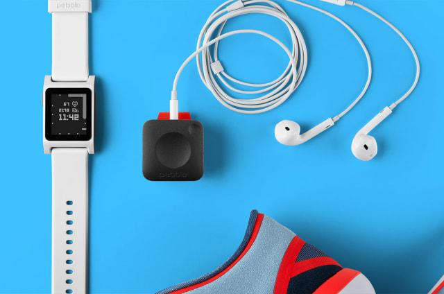 Fitbit kauft Pebble, schiebt Produkte aufs Abstellgleis