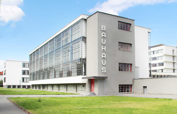 Have a virtual visit to the Bauhaus with Harvard's collection