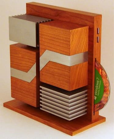 Wooden Level Eleven PC gets inspiration from Thermaltake Level 10 chassis