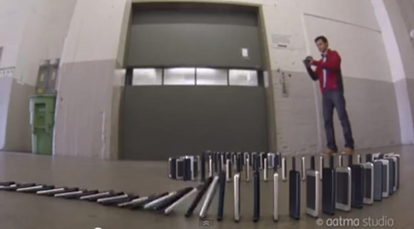 "YouTube find: 10,000 iPhone ""dominoes"""