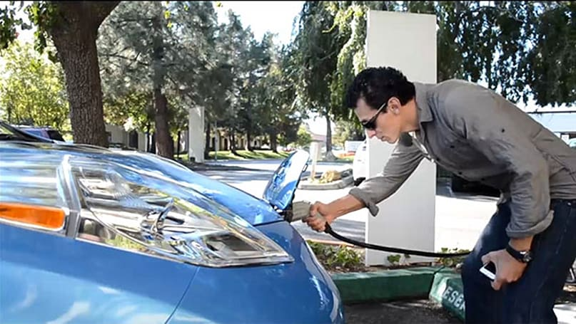 Nissan offers free electricity to entice EV customers