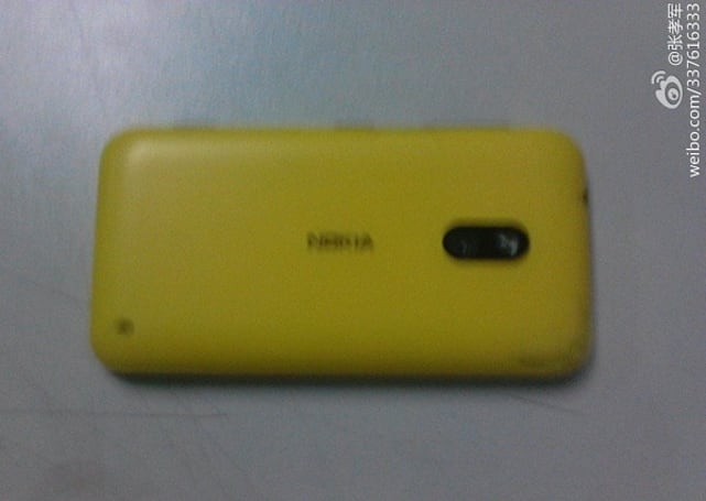 Is this Nokia's new Windows Phone handset? Mr. Blurrycam thinks so