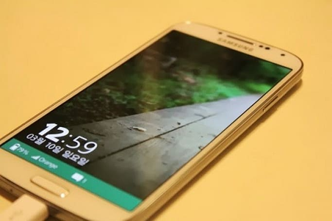 Tizen 3.0 UI allegedly spotted running on a Galaxy S 4
