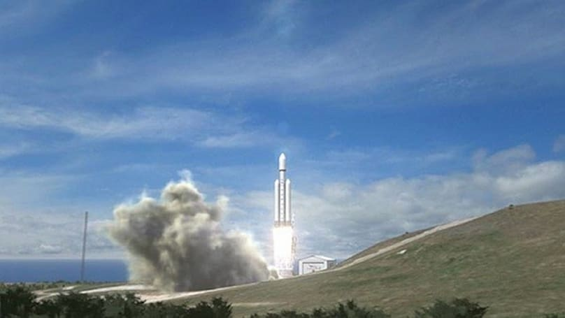 SpaceX and Intelsat announce first commercial contract for Falcon Heavy rocket