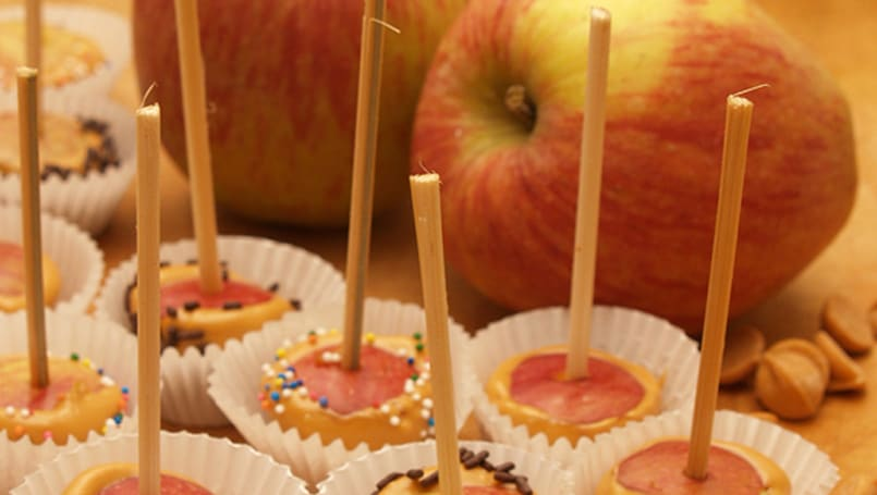 Well Fed Buff: Mini Candied Apples