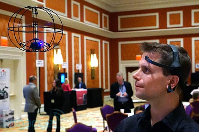 Puzzlebox Orbit mind-on: brainwaves and hack-friendly helicopters (video)