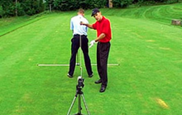 V1-8CAM video analysis system helps golfers nab the right clubs
