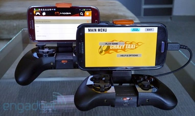 PowerA's Moga Power controllers charge your phone while you play (hands-on)