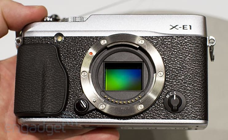 Fujifilm X-E1 hands-on (video)