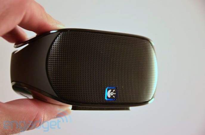 Logitech's Mini Boombox is a $99 Bluetooth speaker, we go hands-on (video)