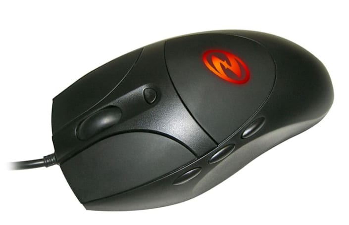 The Reaper gaming mouse and FragMat mouse pad from Ideazon