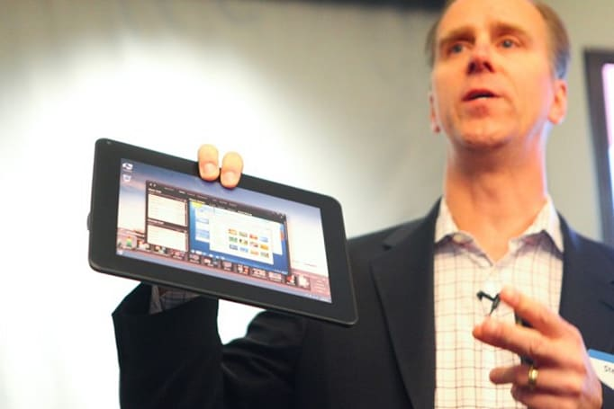 Dell promises a 10-inch Windows 7 tablet later this year