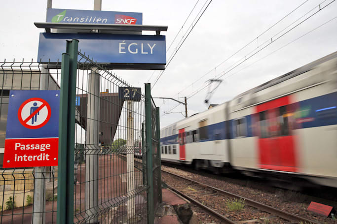 French authorities investigate suicide broadcast via Periscope