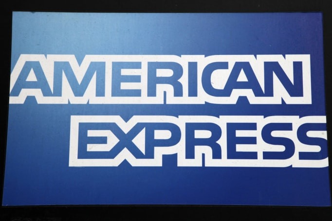 American Express teams up with Facebook to offer Amex Bot