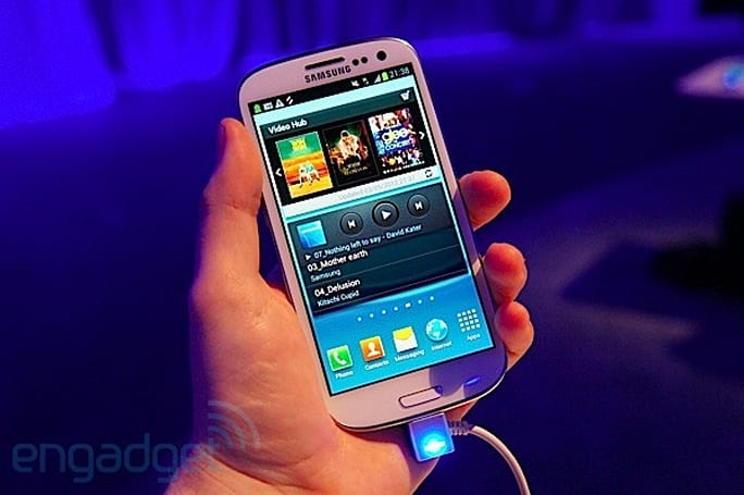 Samsung Game Hub, Video Hub hands-on (video)
