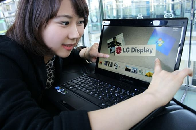 LG's in-cell multitouch laptop displays get unveiled, certified with Windows 7 Touch Logo (video)