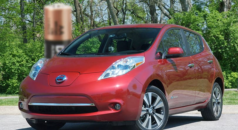 Nissan launching $100 per month Leaf battery replacement program in 2014