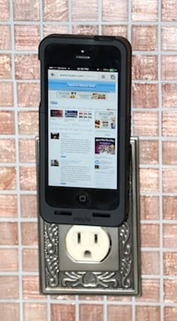 Prong PocketPlug might be the most innovative iPhone 5 case of 2013