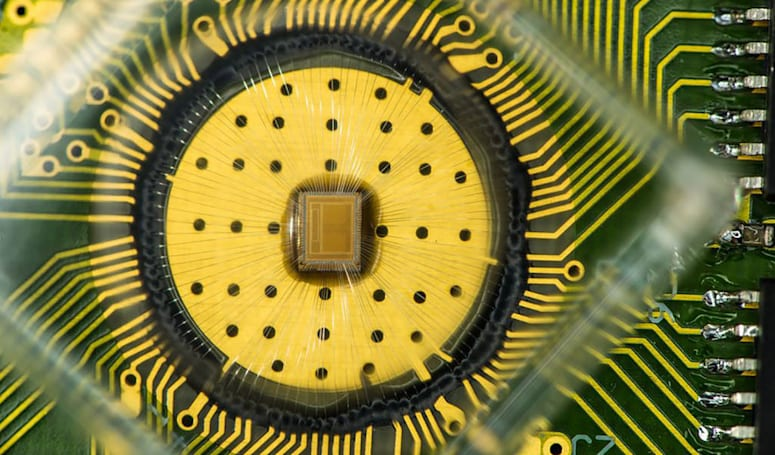 IBM's optical storage is 50 times faster than flash