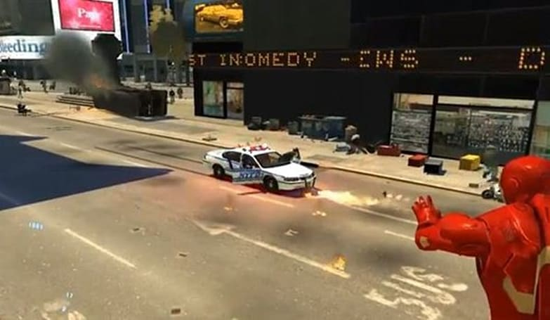 GTA 4 Iron Man mod is flying into buildings