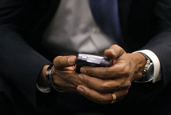 Dear Mainstream Media: Obama's new phone might not be a BlackBerry, might not be a phone, and he might not be getting it