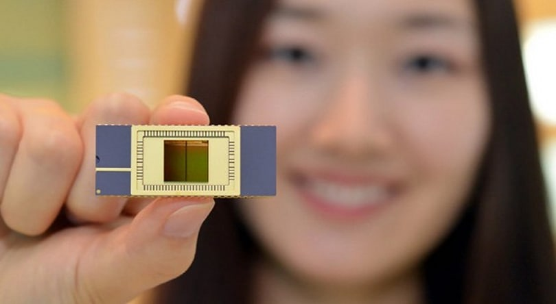 Samsung ships first 3D vertical NAND flash, defies memory scaling limits