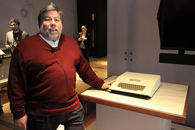 Apple II's 35-year-old operating system is now open to the public