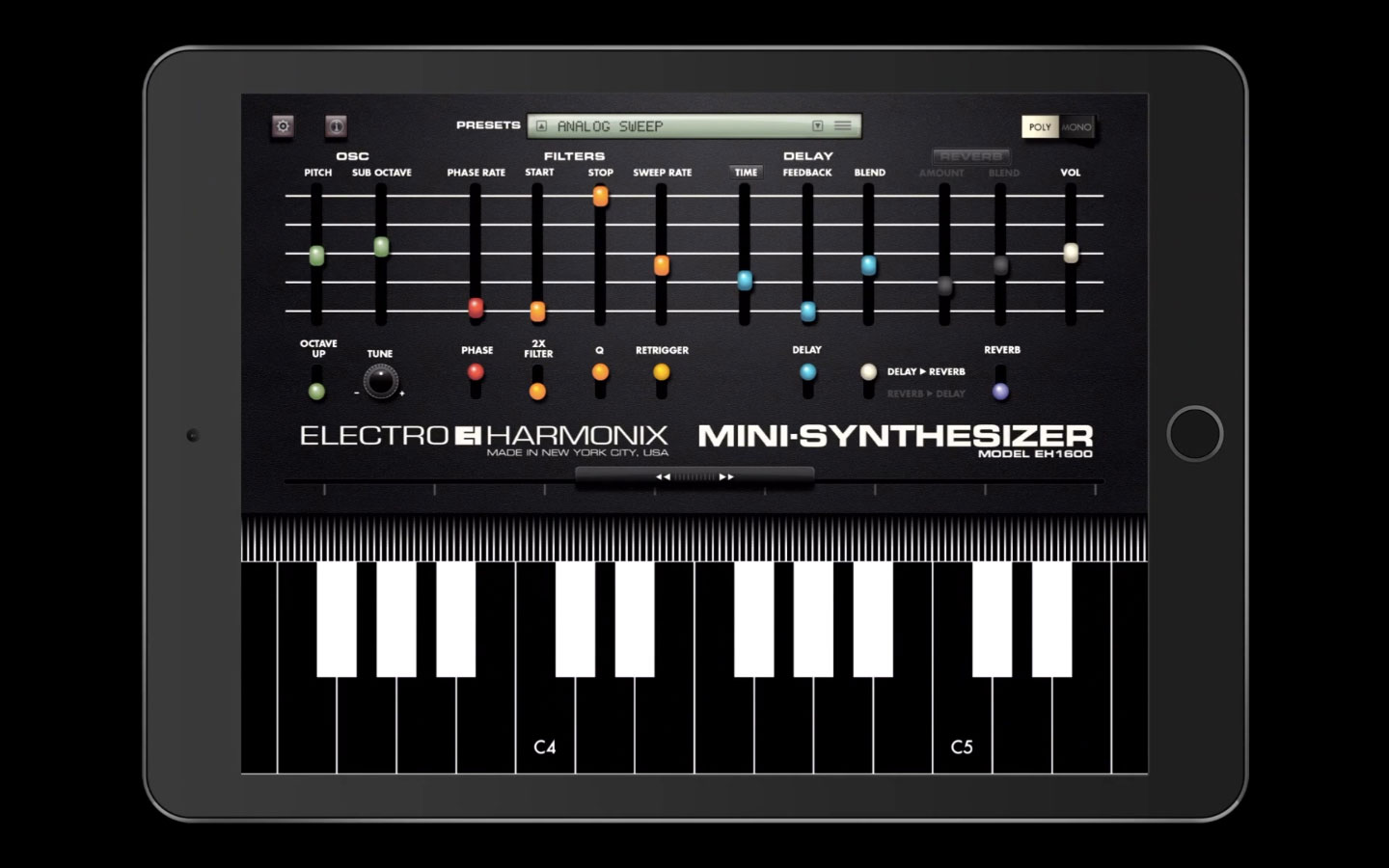 80s synth recreated for ipad and iphone