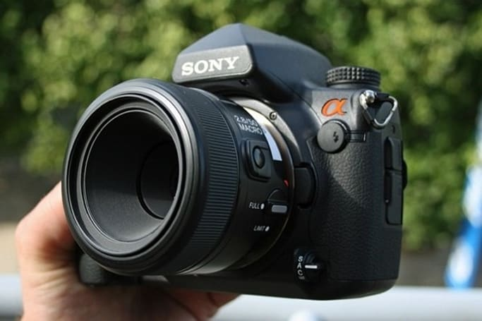Sony Alpha 850 full-frame DSLR given the hands-on treatment
