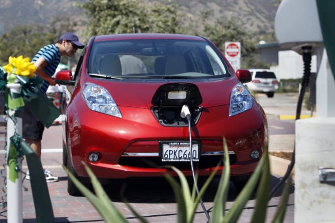 California power companies want $1 billion to build EV chargers