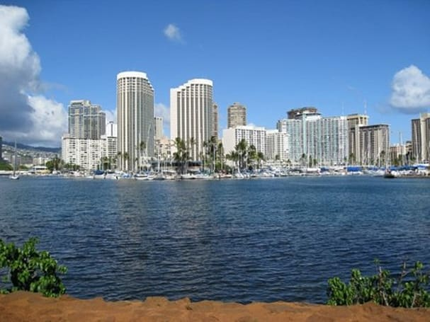 Oceanic Time Warner Cable adds 4 HD channels in Oahu and Kauai