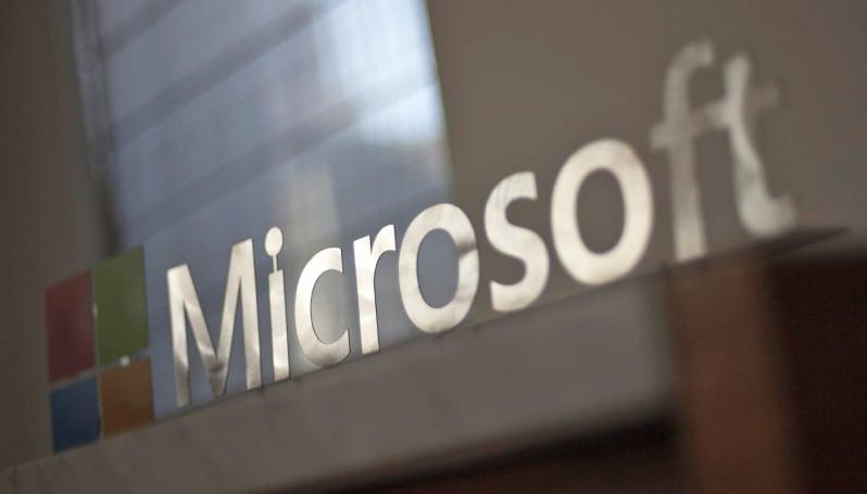 Microsoft has Apple's back in FBI iPhone dispute