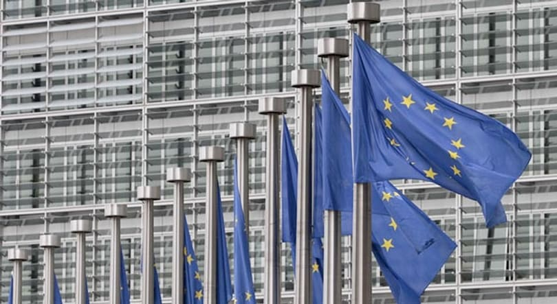 European commissioner promises single mobile market by 2015