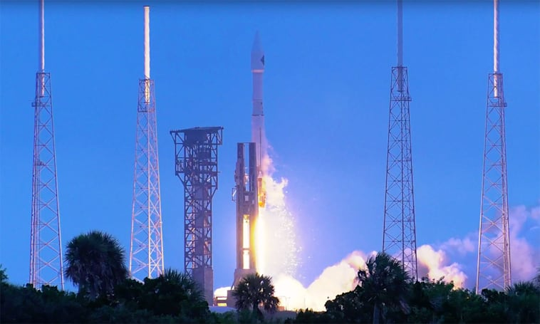 Here's the Cygnus spacecraft launching in glorious 4K