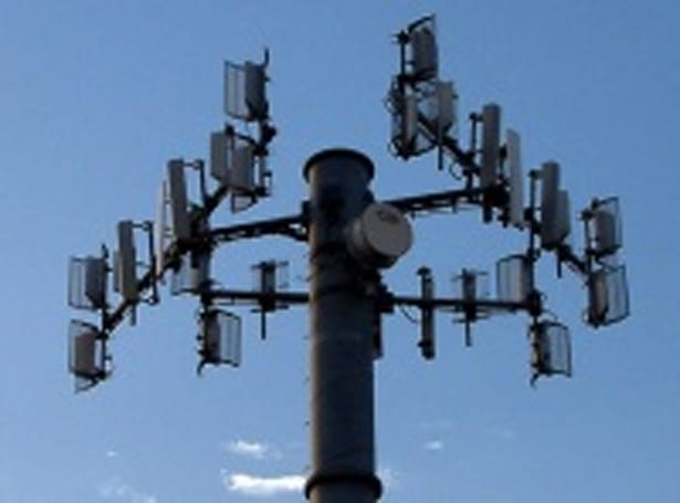 Indian mobile carriers scramble as illegal towers are shut down
