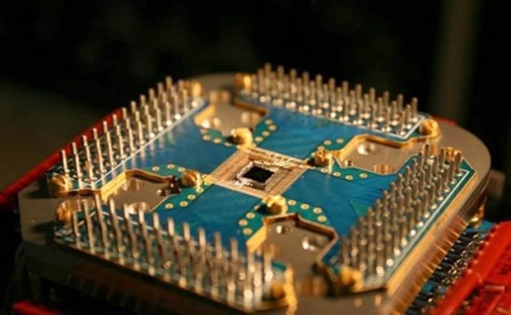 "World's first ""commercial"" quantum computer solves Sudoku"