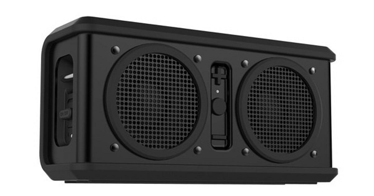 skullcandy intros air raid a 150 bluetooth speaker you can use to party pretty much anywhere. Black Bedroom Furniture Sets. Home Design Ideas