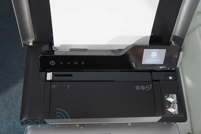 HP introduces Officejet 150 all-in-one mobile printer, Photosmart 5520