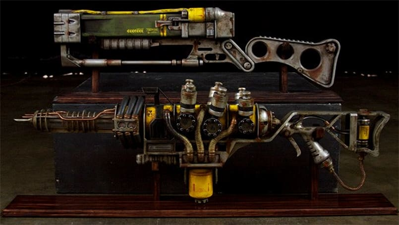 Homemade Fallout 3 plasma rifle makes our post-apocalyptic future seem less bleak