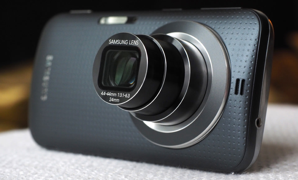Samsung Galaxy K Zoom: More Cell Phone as a Camera