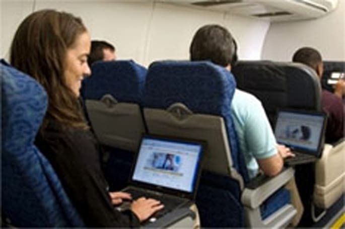 Gogo plans to expand into in-flight movies, possibly gaming