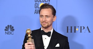 golden globes 2017 tom hiddleston s south sudan speech faces backlash