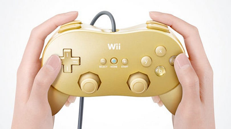 Wii Classic Controller Pro gets gilded for revamped GoldenEye 007