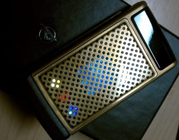 Nokia Star Trek Communicator is simply awesome, sadly just a prototype (video)