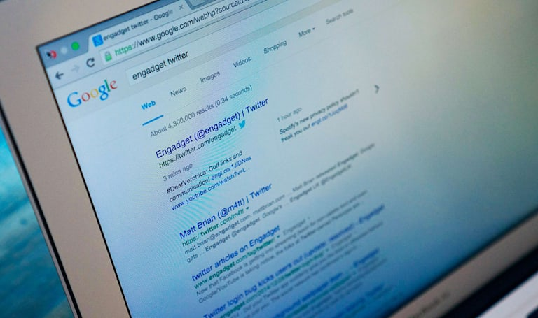 Google is now including tweets in desktop search results