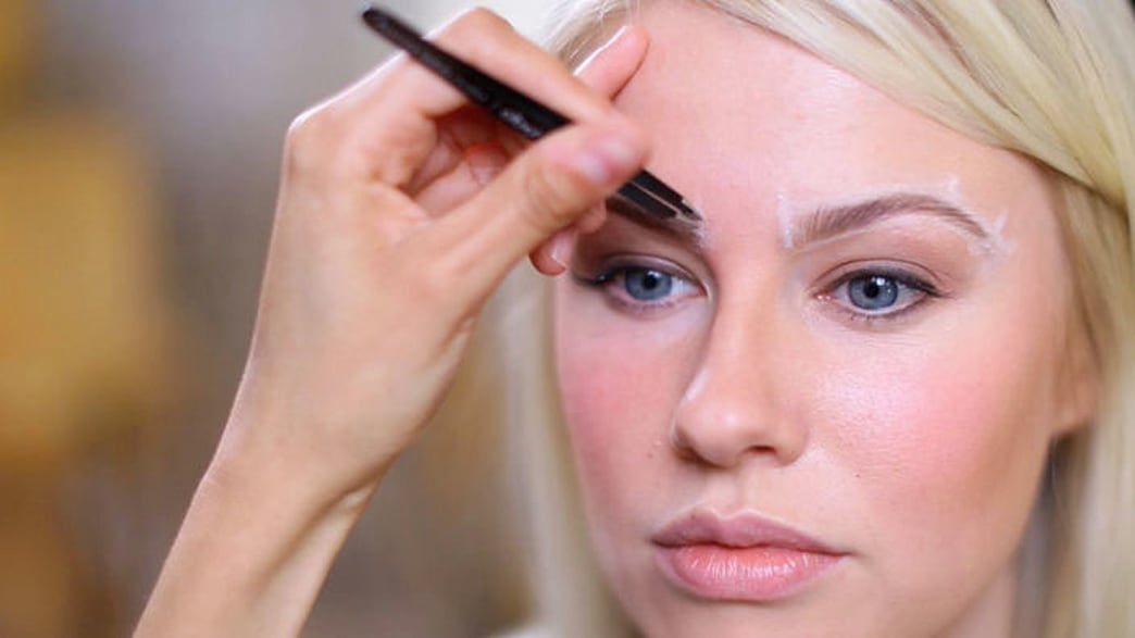 3 easy steps to shaping perfect brows