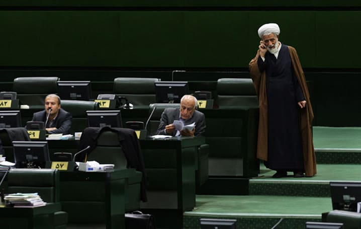 Iran bans some officials from using smartphones over spying jitters
